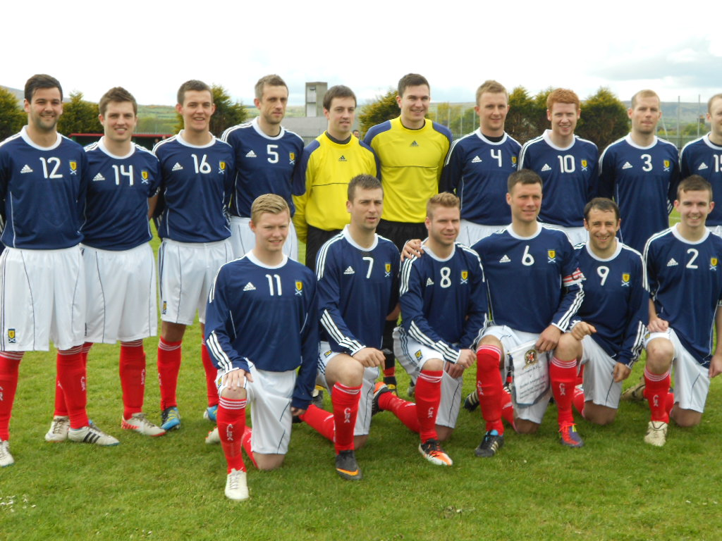 The Scottish Amateurs before the game
